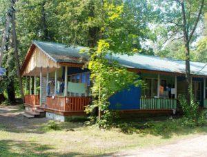 Турбазы Ульяновска дом отдыха Белое озеро домик №13